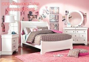 Set Kamar Tidur Remaja Minimalis Klasik Putih
