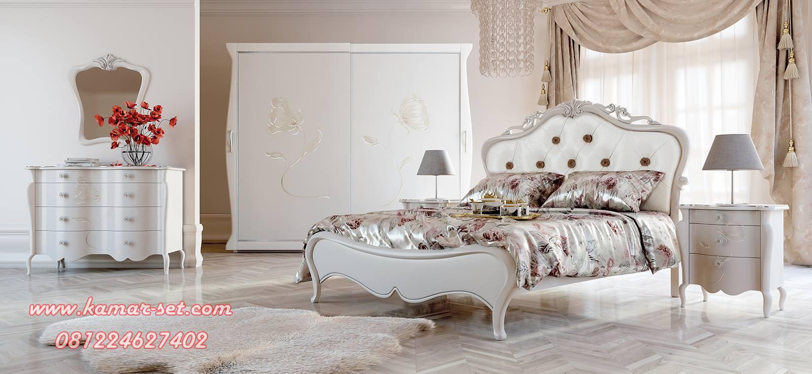 Set Kamar Tidur Romantis Klasik Mewah KSK-55