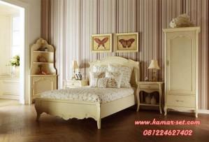 Interior Kamar Anak Desain Klasik Elegan
