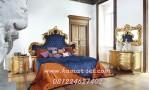 Kamar Pengantin Warna Gold Jog Headboard Biru Tua