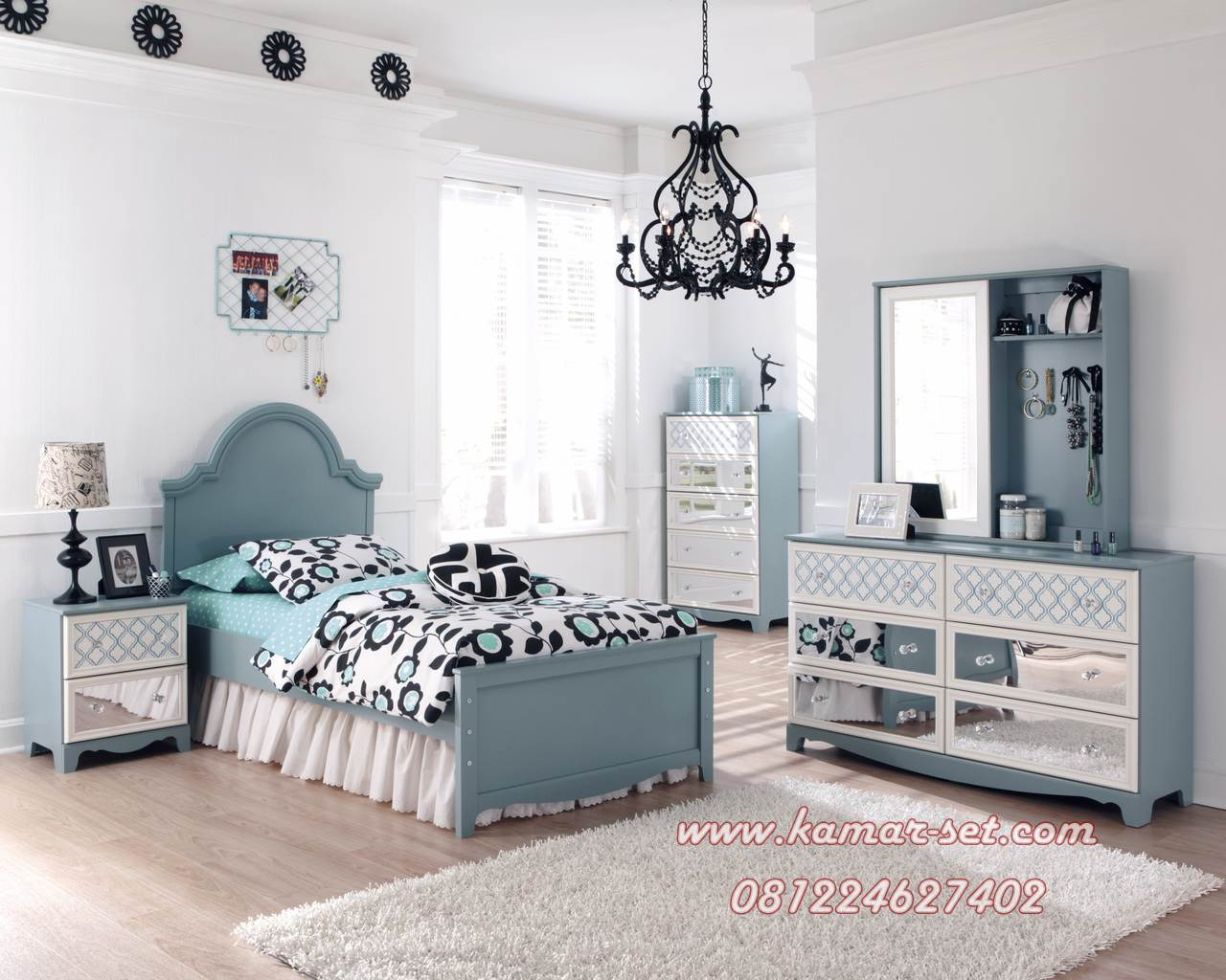Set Kamar Tidur Anak Paris Single Klasik Modern