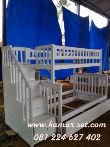 Ranjang 3 Susun Laci Sorong Tangga Berlaci Pesanan Ibu Feiny Tangerang