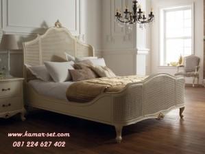 Tempat Tidur Bahan Kayu Rotan Klasik KSK-224
