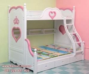 Tempat Tidur Tingkat Love Pink Putih Anak Perempuan