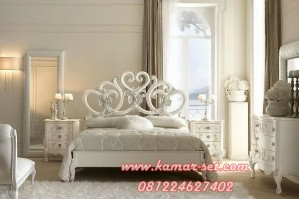 Set Kamar Klasik Romance Mawar Mekar Cinta