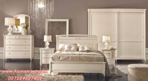 Set Kamar Tidur Lengkap Klasik Minimalis