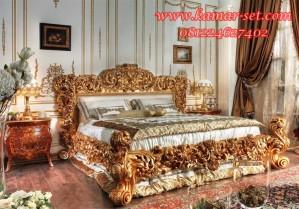Set Kamar Tidur Ukir Semi Relief Utama Mewah Gold Luxy