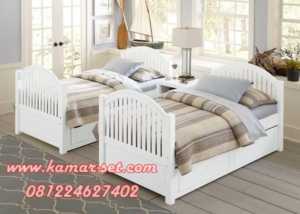 Tempat Tidur Anak Kembar Siboy