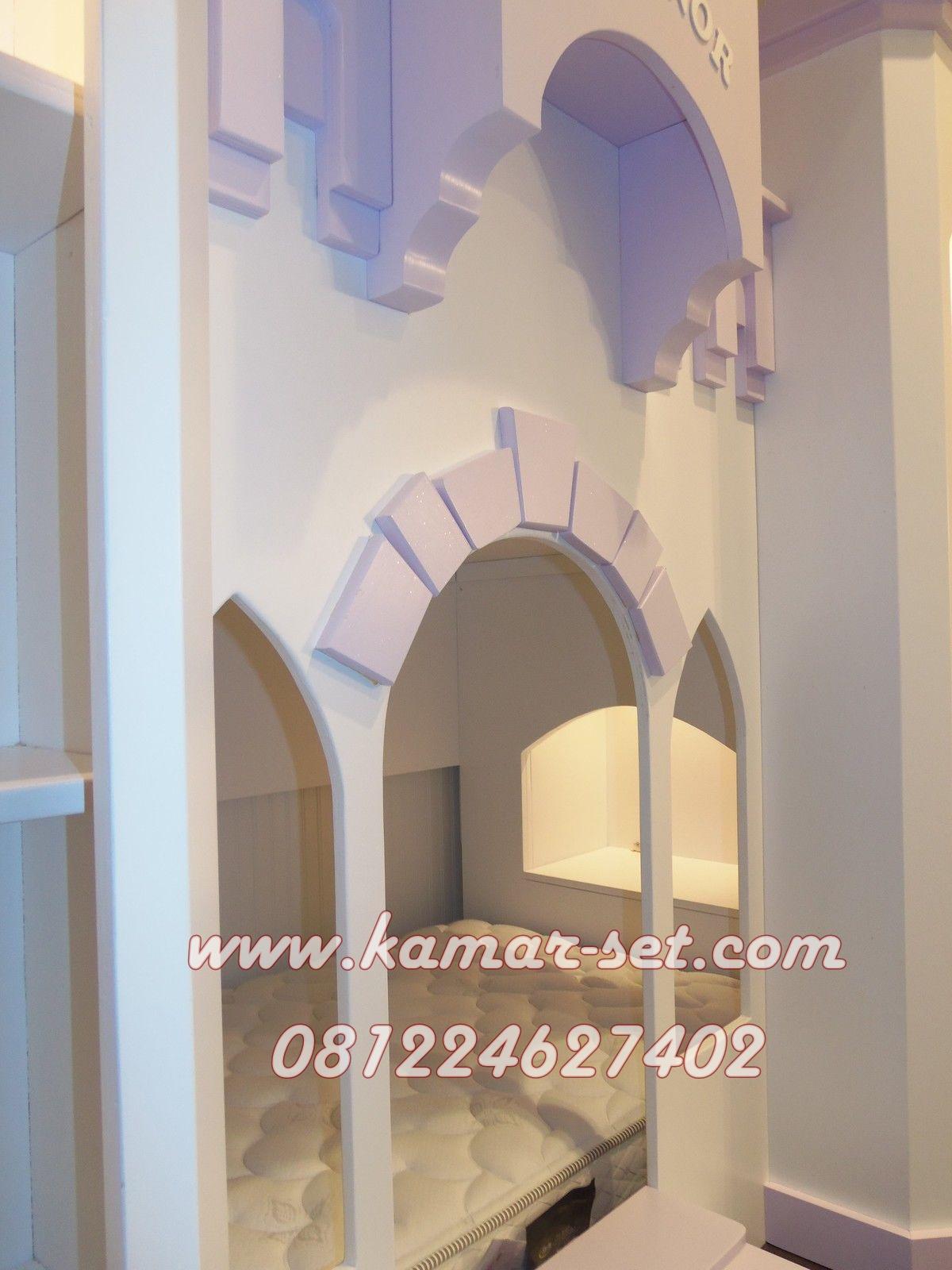 Bentuk Dalam Tempat Tidur Kastil