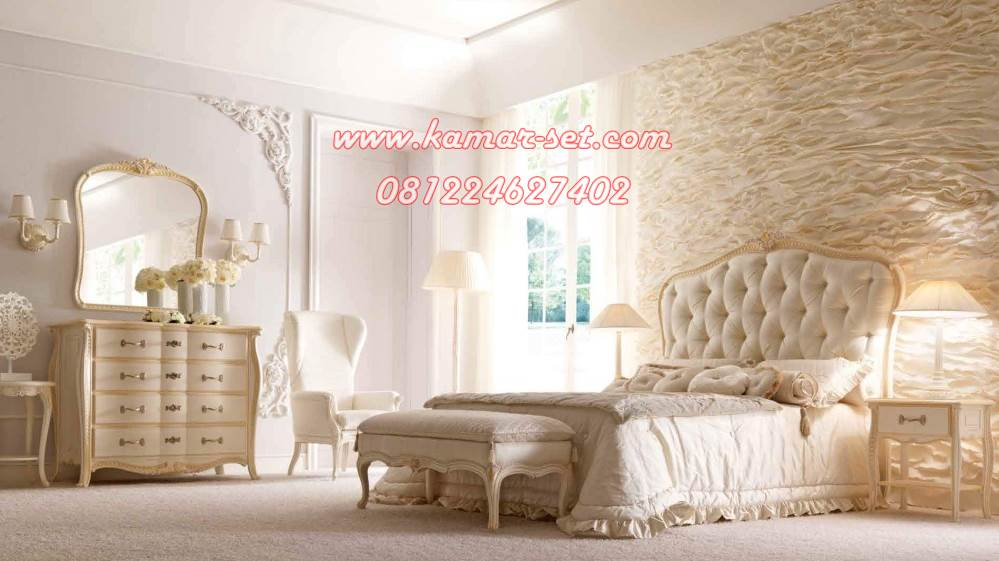 Furniture Kamar Pengantin Model Klasik Modern