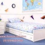 Tempat Tidur Anak Laki-Laki Minimalis Berlaci