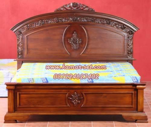 Harga Tempat Tidur Ukiran Jepara Model Simple Mewah