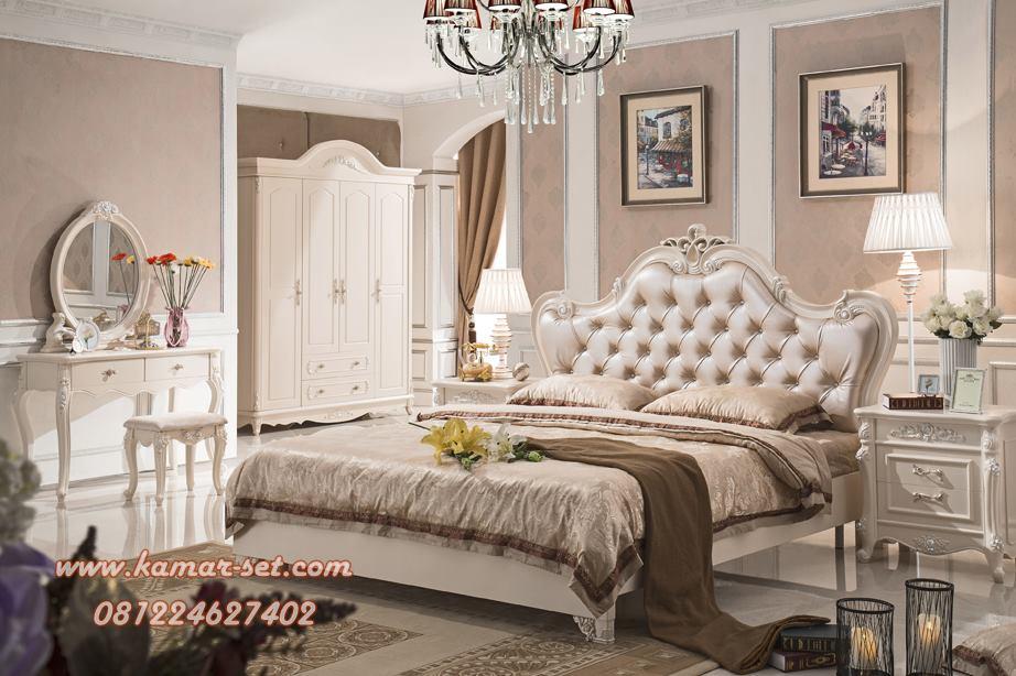 Set Kamar Tidur Mewah Antique