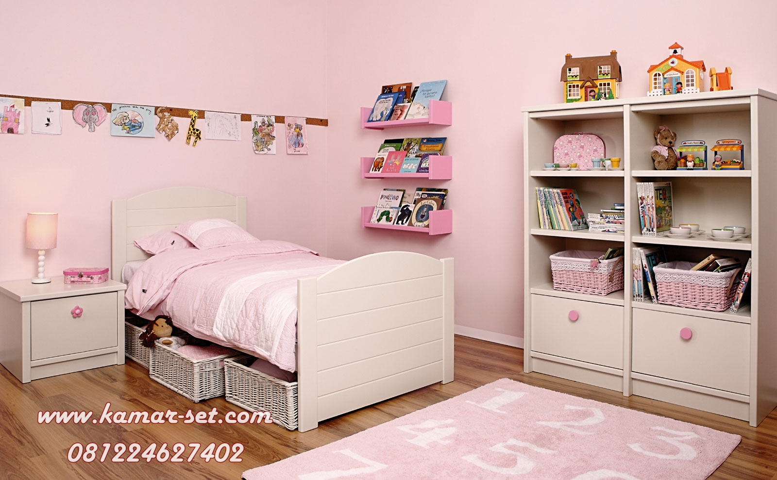 Model Kamar Anak Set With Rak Buku Boneka