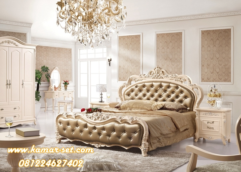 Set Kamar Tidur Utama Miranda Crown Elegant