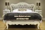 Tempat Tidur Klasik Ukir Elegan Soft