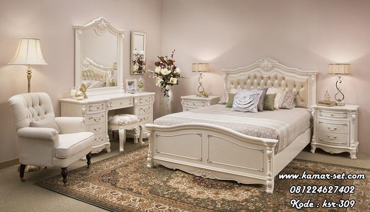 Kamar Tidur Remaja Perempuan Klasik Anggi