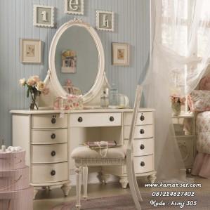 Meja Rias Vintage Vanity
