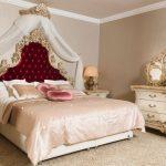 Tempat Tidur Klasik Carleta KSK-450