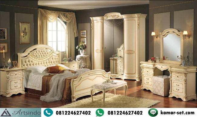 Set Tempat Tidur Mewah Lengkap Model Klasik Elegan